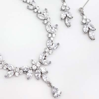 Glam Couture Bridal Necklaces