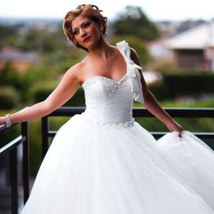 Ivory Meringue Beaded Wedding Dress – A195012