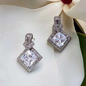 Stud Earrings – TIF571WLD