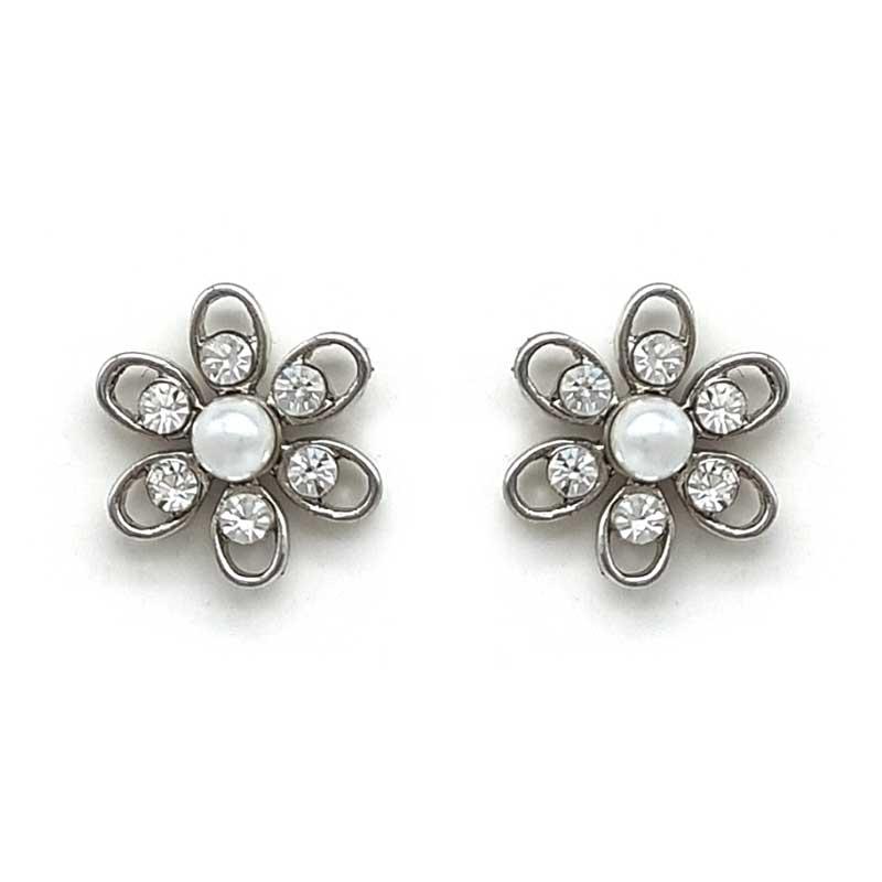 pearl flower studs