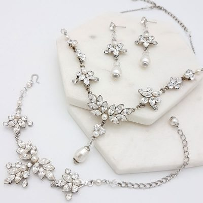 necklace bracelet earring bridal jewellery set