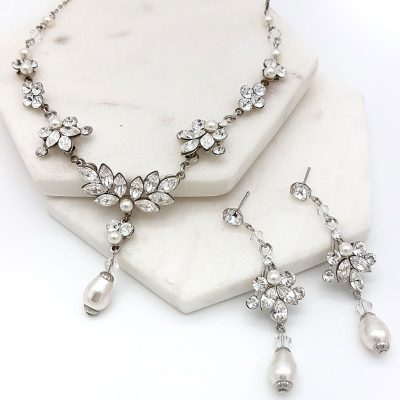 swarovski crystal and pearl necklace set